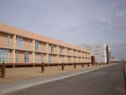 Вид на общежитие со стороны учебно-тренировочной площадки - увеличить