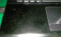 Жирные пятна и пыль на клавиатуре через полчаса работы - увеличить