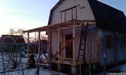 Веранда - стойки и доски на крыше - увеличить