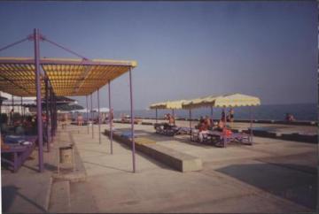 Пляж санатория Фрунзе (Сочи) - увеличить
