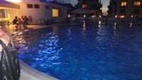 Внутренний бассейн Феи-2 ночью - увеличить