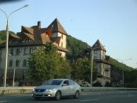 По дороге. Некий старый замок - увеличить