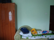 Третье дополнительное место (удобное!) и вместительный (новый!) шкаф для одежды - увеличить