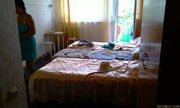 Отличные кровати, столик и балкон - увеличить