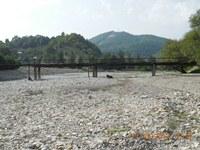 Аул Псебе, мост через речку, коровы пасутся, - идиллия полная! - увеличить