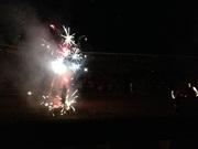 Часть огненного шоу - и огонь и салют, потрясающе! - увеличить