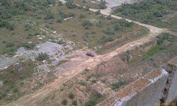 Крымская АЭС - подъехали. Вид с высоты 54 метра на машину - увеличить