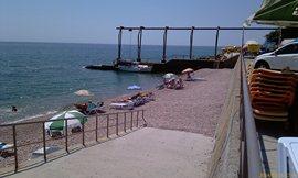 Морской уголок - пляж №4 - такой же, как и №2 - обычно 1-2 человека были за весь день, иногда - никого вообще - увеличить