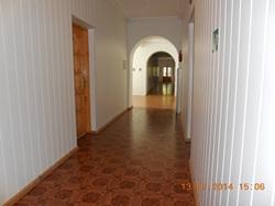 2-й корпус - чистые и светлые коридоры, всё свежее, ремонт - европейский! - увеличить