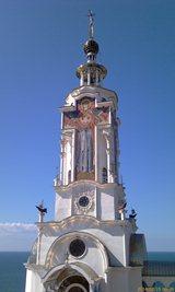 Храм-маяк Святителя Николая, вершина с маяком - увеличить