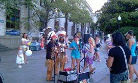 И духовой ансамбль «перуанский» - как же без него! - увеличить
