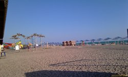 Новейший пляж на море в Саках - увеличить