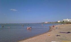 Сакское озеро - берег - увеличить